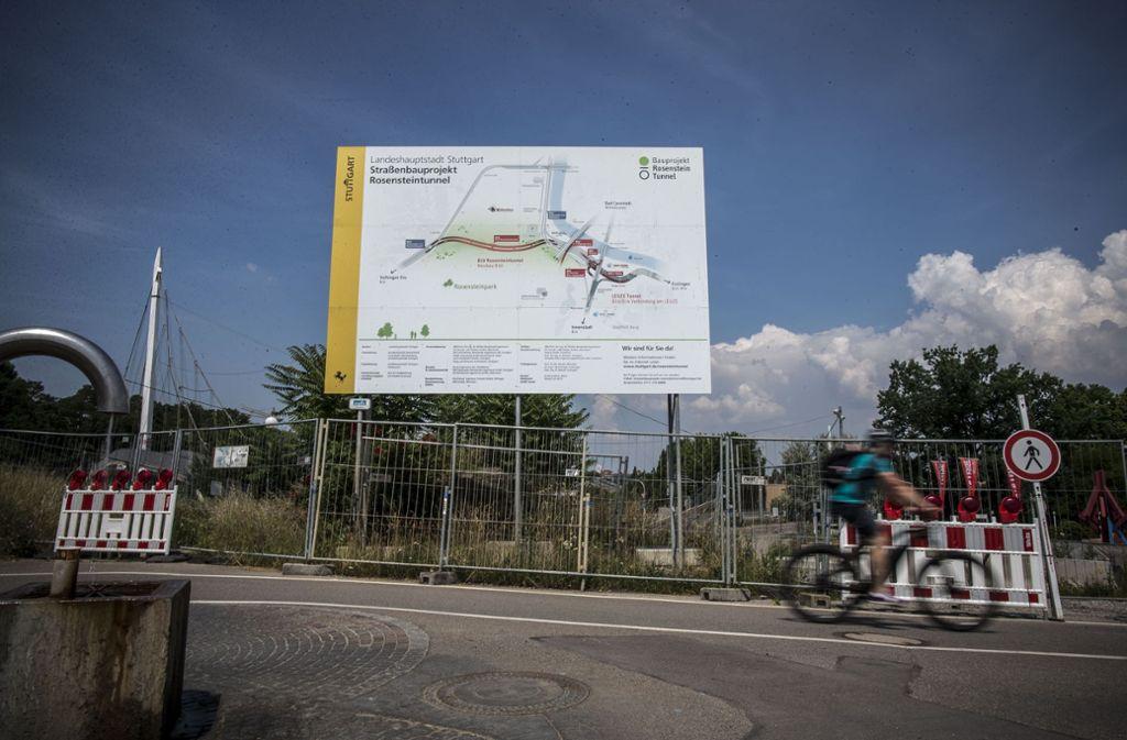 Die Tunnelbaustelle am Leuzeknoten ist ein Kostentreiber beim Gesamtprojekt Rosensteintunnel, das mittlerweile auf knapp 300 Millionen Euro veranschlagt wird. Foto: Lichtgut/Leif Piechowski