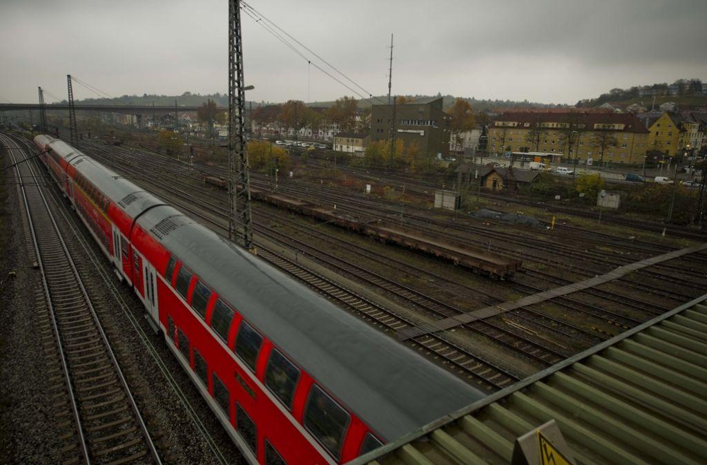 Auf den Gelände des früheren Güterbahnhofs in Untertürkheim sollen mit dem Projekt Stuttgart 21 künftig Züge abgestellt und gereinigt werden. Foto: Lichtgut/Max Kovalenko