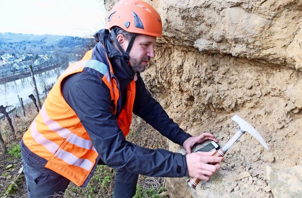 Gutachter haben den Fels im Gewann Zuckerberg untersucht. Foto: