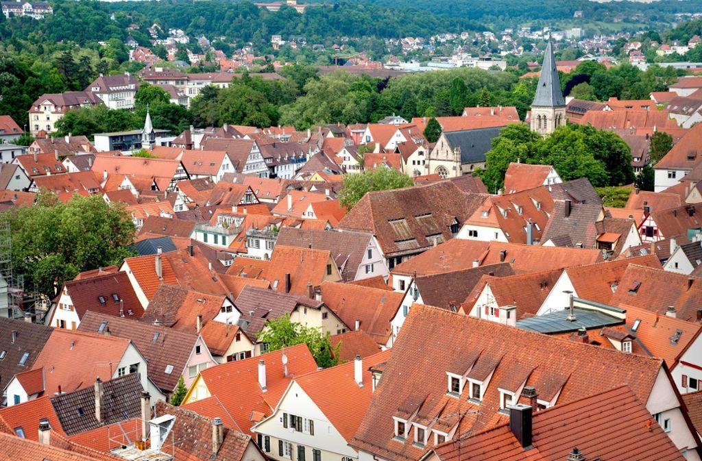 Tübingen setzt auf Verdichtung und will mit einem Bauzwang  1000 Wohnungen auf brachliegenden Grundstücken schaffen. Foto: Caro