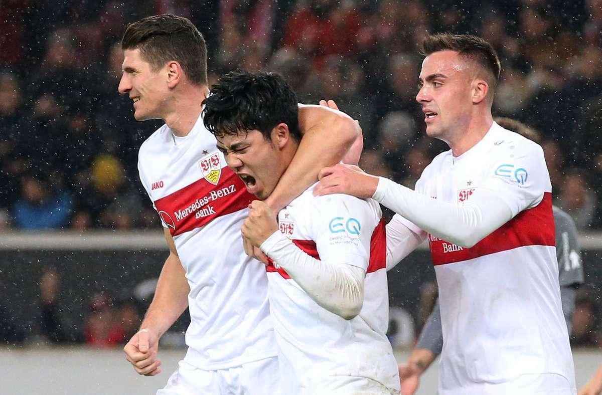 Beim Hinspiel in Stuttgart gab es für den VfB viel Grund zur Freude: Mit 3:1 entschieden die Schwaben die Partie gegen Nürnberg für sich. (Archivbild) Foto: Pressefoto Baumann