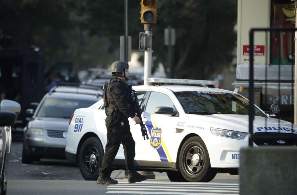 Bei einer Schießerei in Philadelphia sind sechs Beamte verletzt worden. Foto: dpa