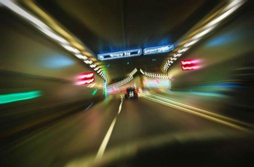 Experten streiten über Tempolimit auf Autobahnen