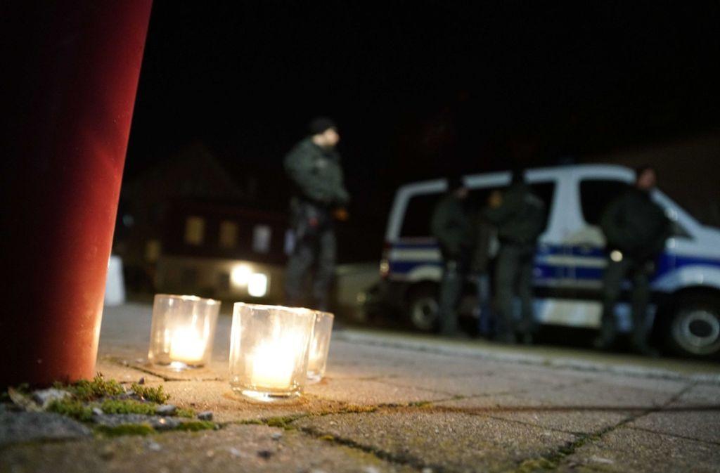 Einem 26-Jährigen wird vorgeworfen, in einer Gaststätte in Rot am See seine Eltern und vier weitere Familienmitglieder getötet zu haben. Foto: SDMG/Kohls