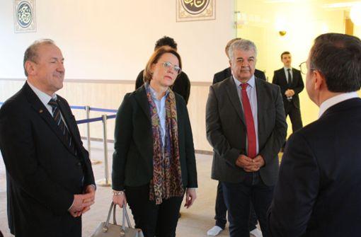 Staatsministerin solidarisiert sich mit muslimischen Mitbürgern