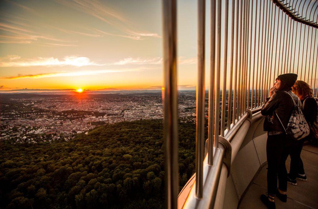 Der Blick vom Fernsehturm Stuttgarts ist nicht nur für Verliebte schön. Foto: 7aktuell.de/Adomat
