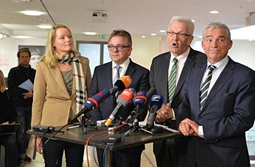 Ministerpräsident Winfried Kretschmann gibt bei der Sondierung den Ton an. Von links: Grünen-Landeschefin Thekla Walker, CDU-Fraktionschef Guido Wolf, Kretschmann, CDU-Landeschef Thomas Strobl. Foto: dpa