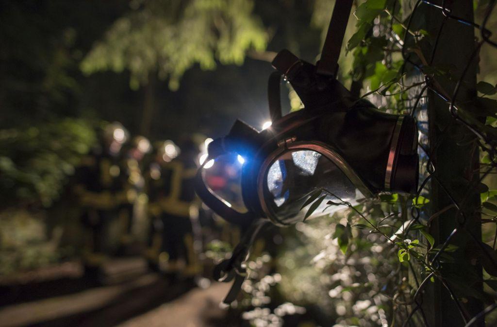Vier Feuerwehrleute mussten vom Rettungsdienst behandelt werden. Foto: 7aktuell.de/Oskar Eyb