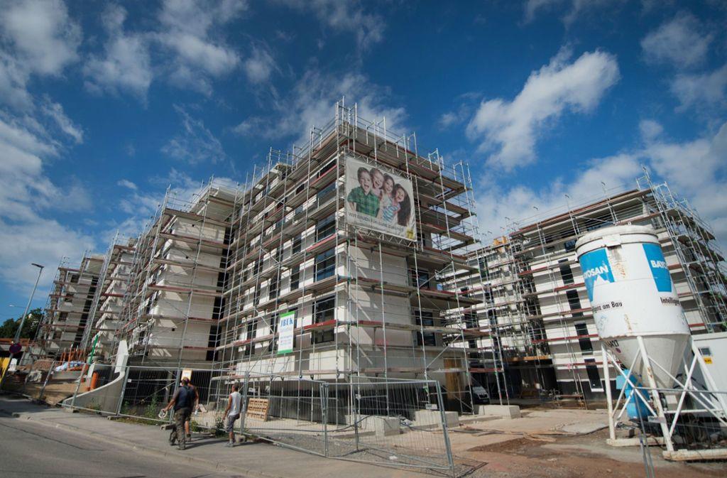 Ohne Hochhäuser lässt sich der Bedarf an Wohnungen im Südwesten nicht decken Foto: dpa