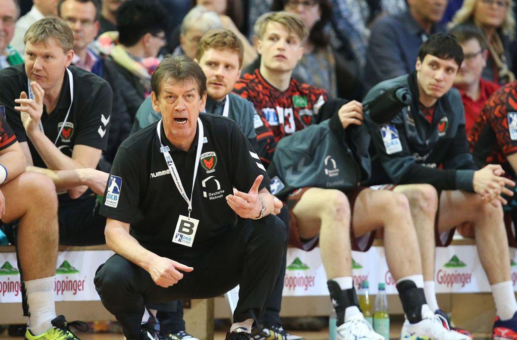 Füchse-Trainer Velimir Petkovic: Rückraumspieler Paul Drux fehlt ihm und dem Nationalteam. Foto: Baumann