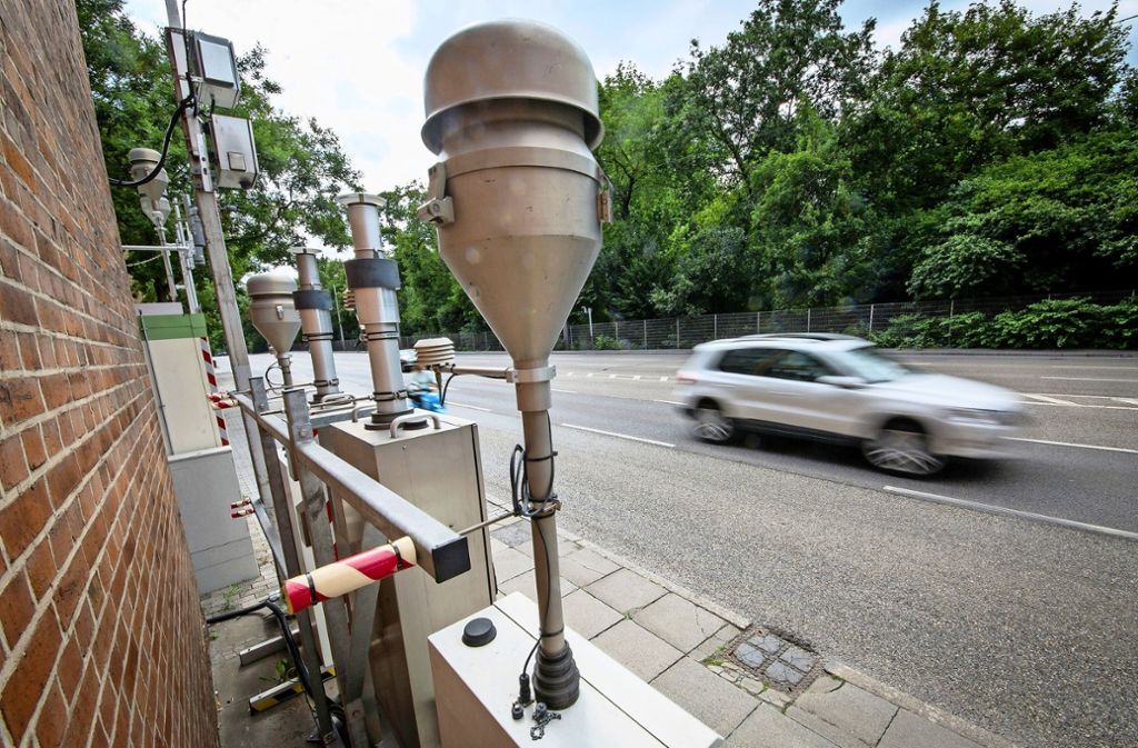 Grüne und CDU wollen weitere Messstationen in Stuttgart installieren. Foto: dpa