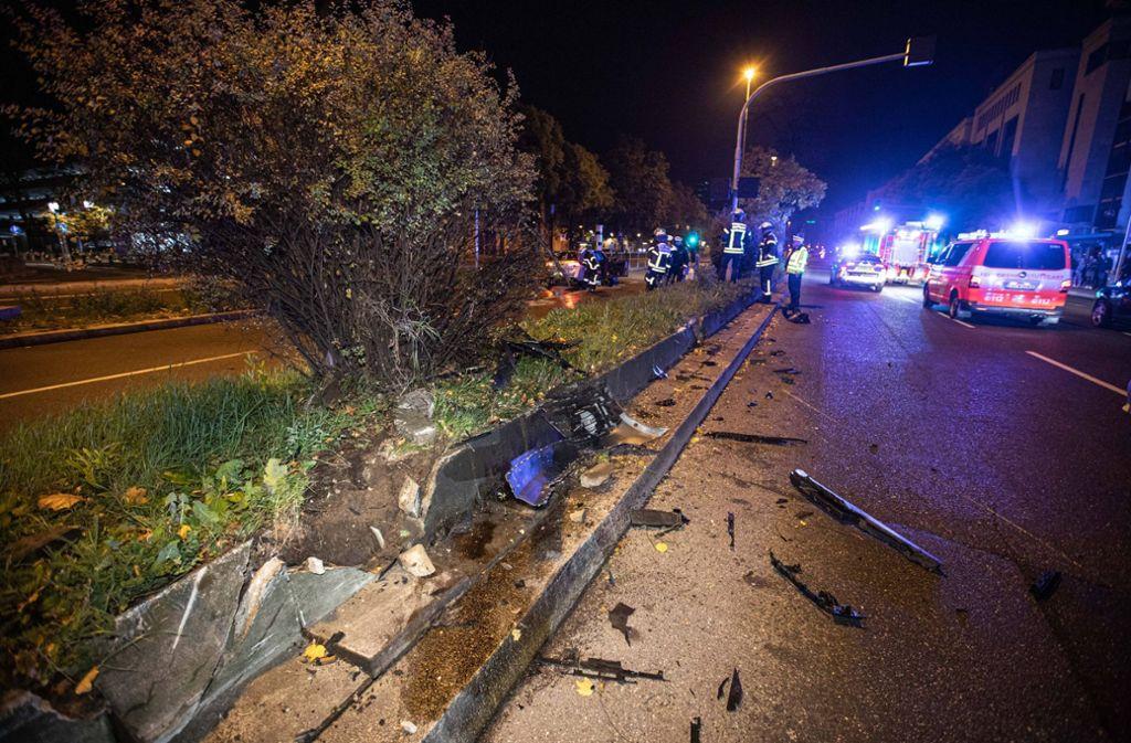 Wie die Polizei mitteilt, verlor der Mann vermutlich aufgrund nicht angepasster Geschwindigkeit und Alkoholisierung die Kontrolle über sein Fahrzeug. Foto: 7aktuell.de/Simon Adomat