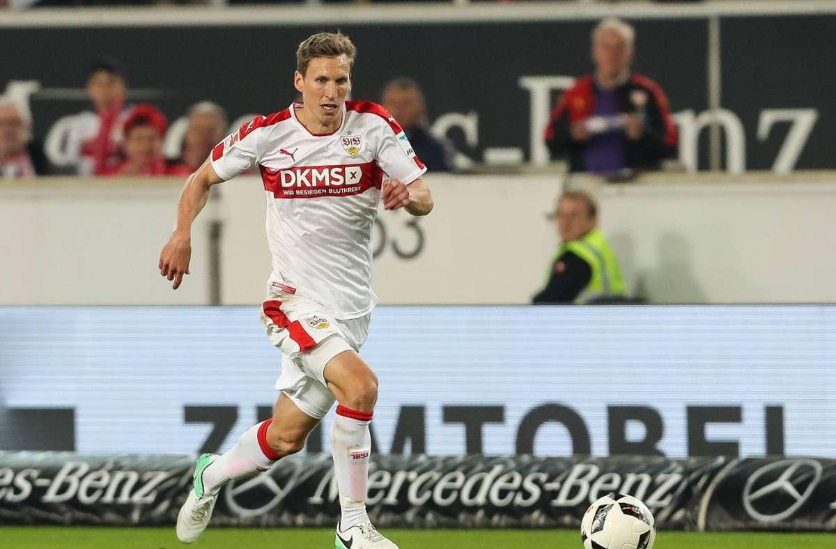 Als letzter Österreicher vor Saša Kalajdžić trug Florian Klein das Trikot des VfB Stuttgart zwischen 2014 und 2017. Der Außenverteidiger absolvierte insgesamt 80 Pflichtspiele für die Stuttgarter, erzielte vier eigene Treffer und bereitete fünf weitere vor. Nach der Zweitliga-Meisterschaft 2017 wechselte Klein zurück zu Austria Wien, für die er bereits früher gespielt hatte. Foto: imago/Roland Krivec
