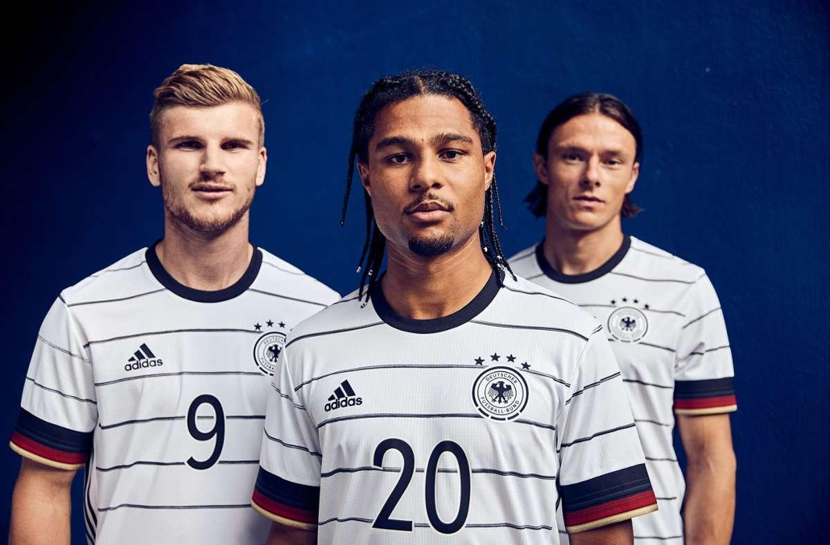 Das sind die deutschen Trikots für die Fußball-EM 2021. Foto: dpa