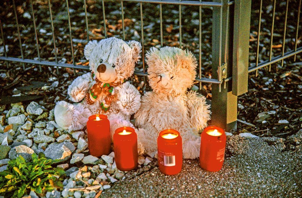 Groß war die Trauer um eine vierköpfige Familie, die an einer Kohlenmonoxidvergiftung gestorben ist. Foto: SDMG/Archiv