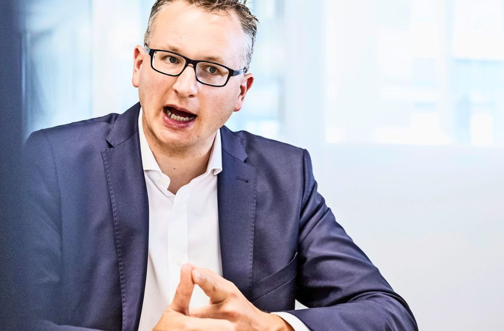 Grünen-Fraktionschef Andreas Schwarz ist strikt dagegen, schon jetzt den Landtagswahlkampf einzuläuten. Foto: Lichtgut/Julian Rettig