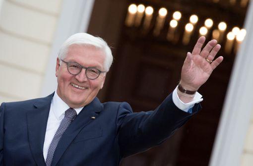 Bundespräsident schlägt Merkel als Kanzlerin vor