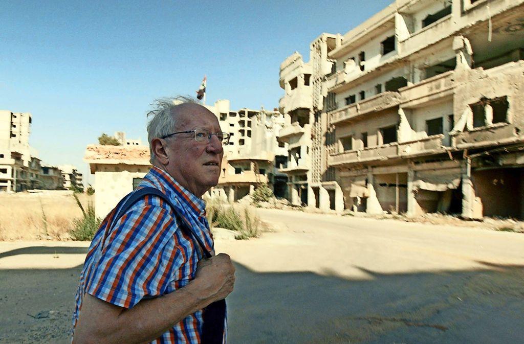 Der Brite Robert Fisk will bei Kriegen und Krisen selbst vor Ort sein  und  nicht auf Hörensagen vertrauen. Foto: Arte/Duraid al-Munajim