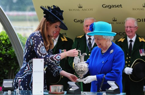 Queen Elizabeth gewinnt Top-Galopprennen