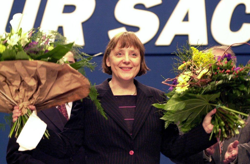 Die erste Frau an der Spitze der Christdemokraten: Angela Merkel nach ihrer Wahl zur CDU-Vorsitzenden im April 2000 in Essen. Foto: dpa