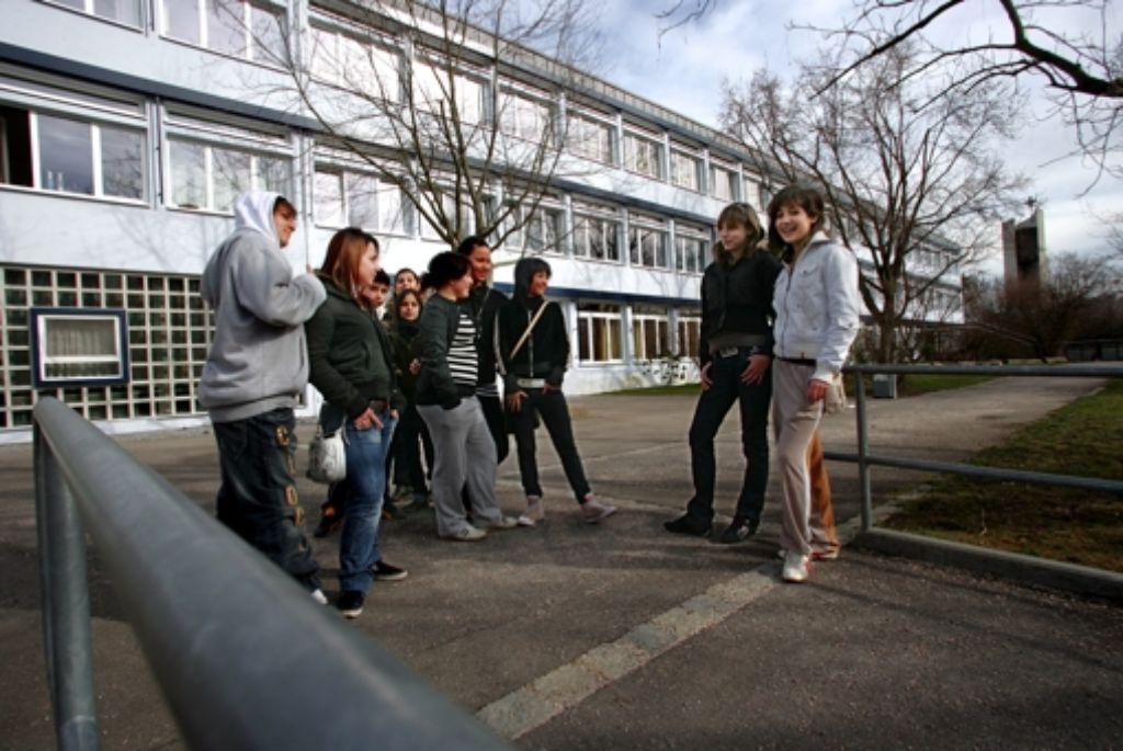 Der Schulhof der Fasanenhofschule in Stuttgart Foto: Michael Steinert