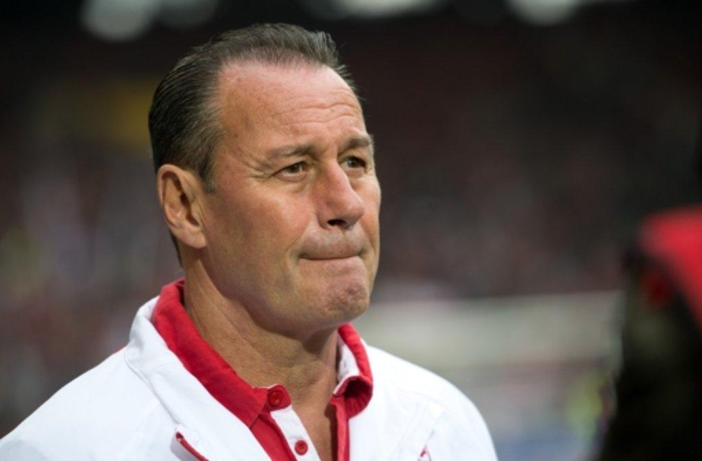 Hubb Stevens, Trainer des VfB Stuttgart, spricht über die Personalsituation vor dem Spiel gegen den VfL Wolfsburg. Foto: dpa