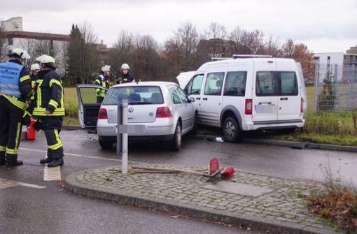 Frontalzusammenstoß bei Heumaden fordert einen Verletzten