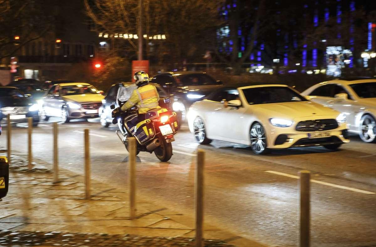 """Neben den """"Hotspots"""" hat die Polizei am Wochenende  auch die Partymeile in Stuttgart  im Blick. Foto: Lichtgut/Julian Rettig"""