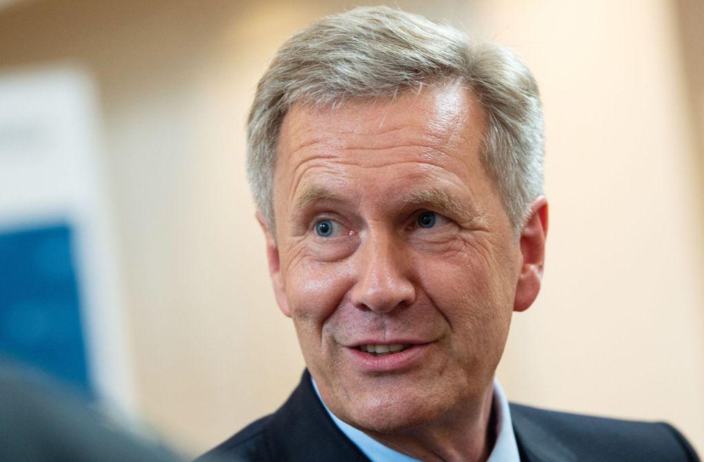 Christian Wulff fordert eine klare Abgrenzung von rechten Stimmungsmachern. Foto: dpa