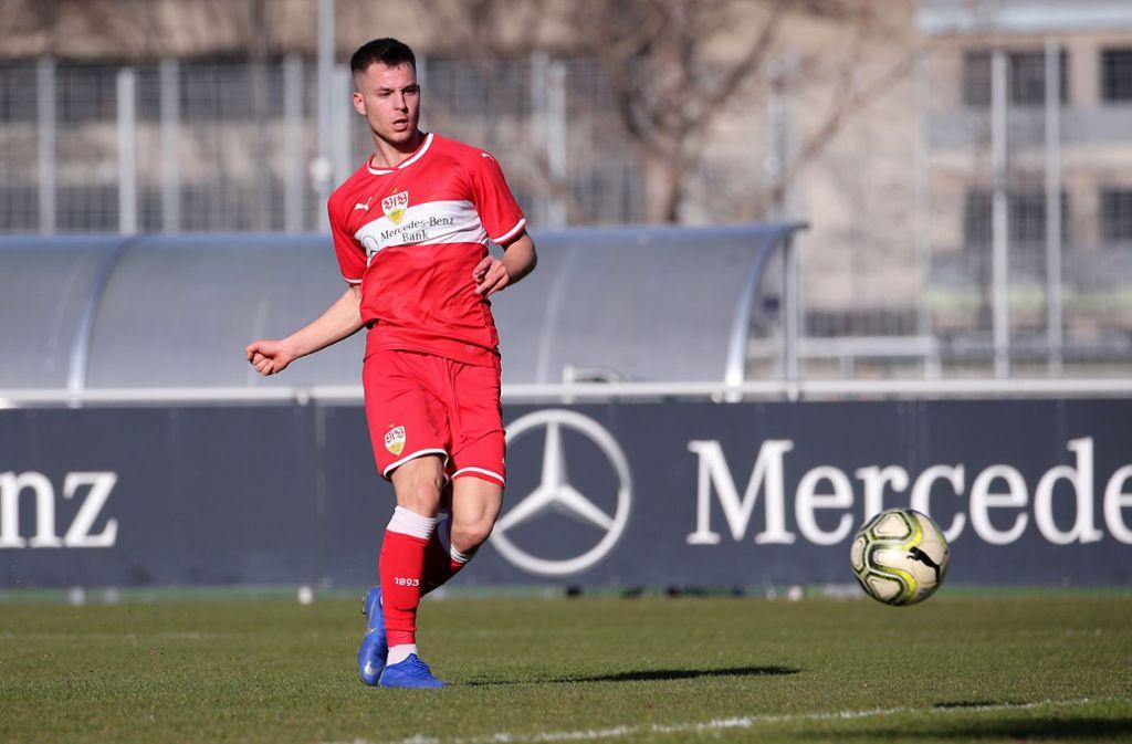 VfB-Stürmer David Tomic hat mehrfach den Sieg vor Augen. Foto: Baumann