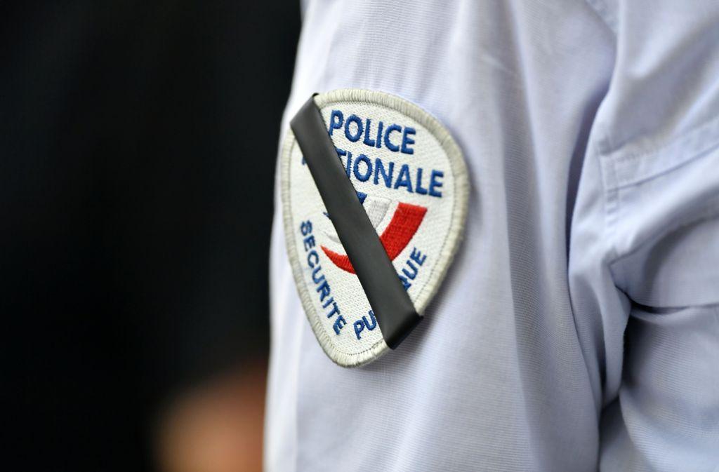 Eine Spezialeinheit der Gendarmerie nahm den Mann am Dienstagabend fest, der sich stundenlang verschanzte (Symbolfoto). Foto: AFP
