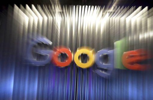 Erste Beschwerden gegen Google und Facebook
