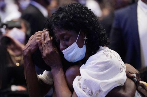 """""""Er hat die Welt verändert"""": Emotionale Trauerfeier für Floyd"""