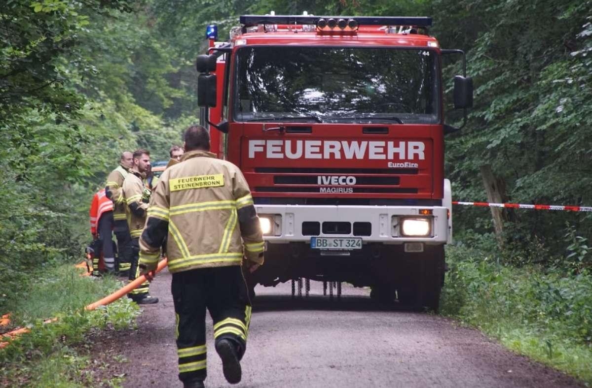 In einem Waldstück bei Steinenbronn ist ein Kleinflugzeug abgestürzt. Foto: SDMG/SDMG / Dettenmeyer