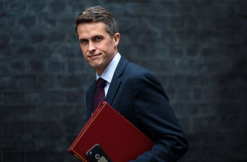 May entlässt Verteidigungsminister Williamson
