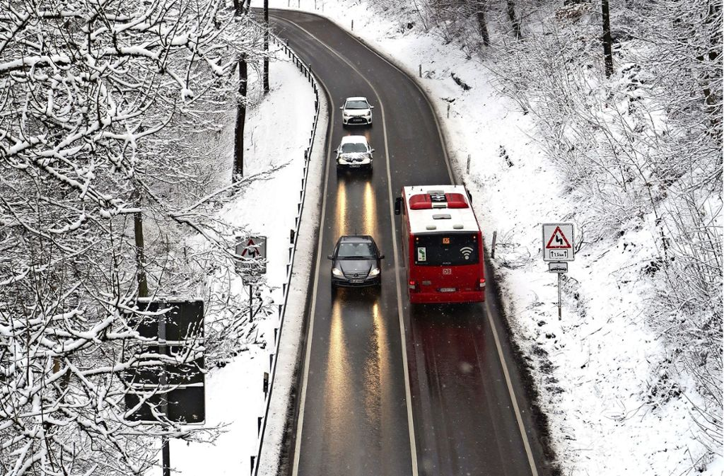 Seit Dezember sind die neuen Buslinien unterwegs. Probleme gibt es weiterhin. Foto: Malte Klein