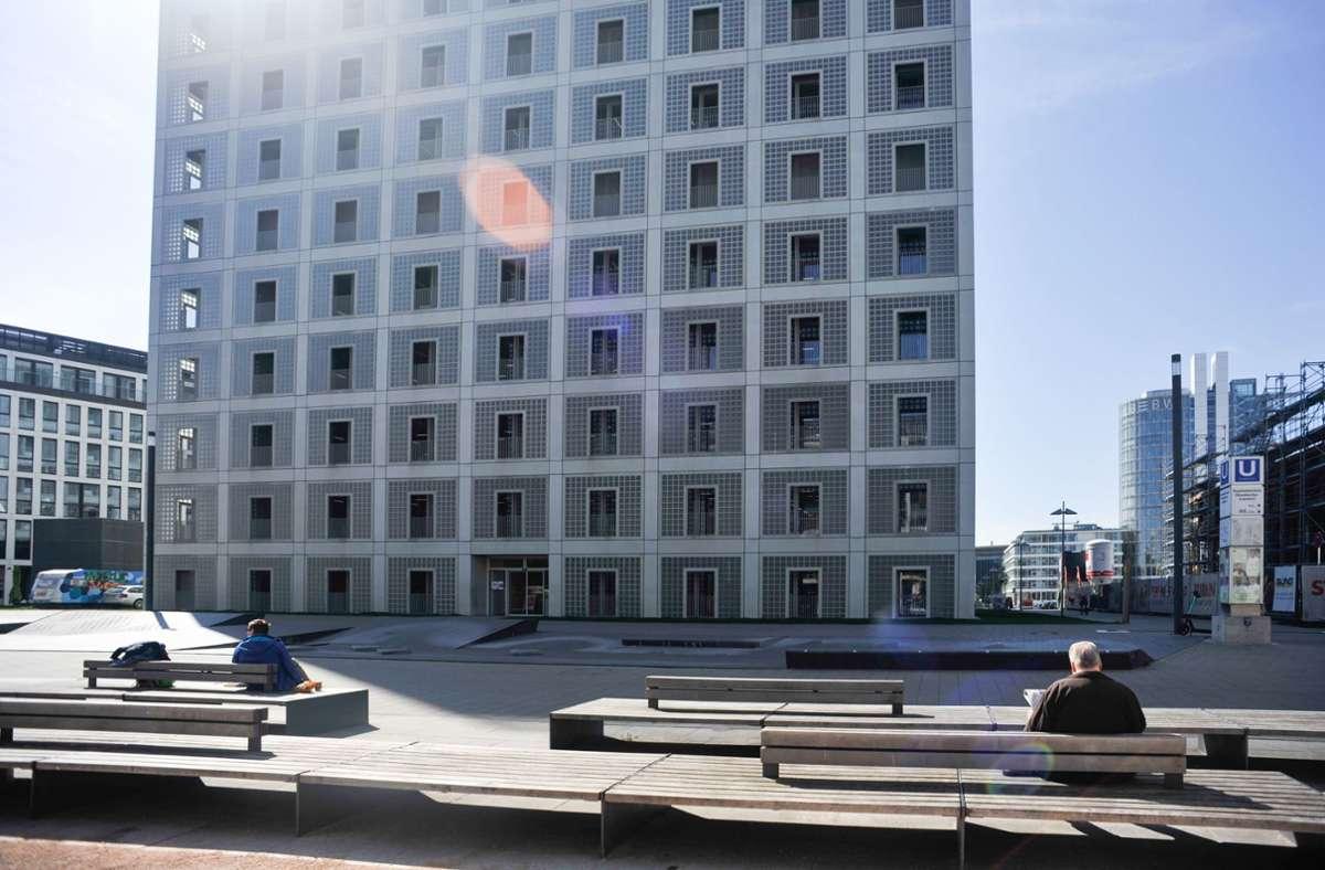 Im Lockdown wirkt die Stadtbibliothek wie in einem Dornröschenschlaf. Foto: Lichtgut/Max Kovalenko