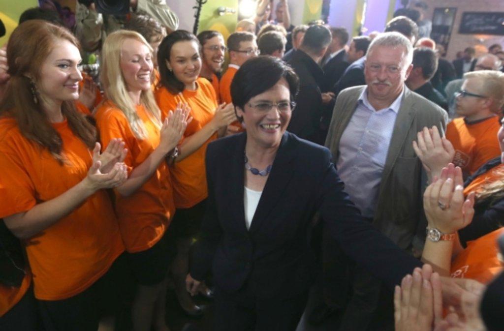 Christine Lieberknecht, die Spitzenkandidatin der CDU für die Landtagswahl in Thüringen und amtierende Ministerpräsidentin, jubelt nach der Wahl. Foto: dpa