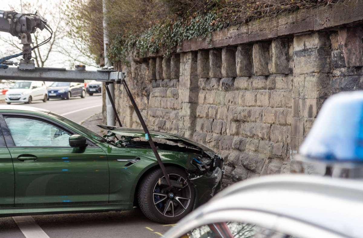 Die Fahrt eines 47-jährigen BMW-Fahrers endete abrupt. Foto: 7aktuell.de