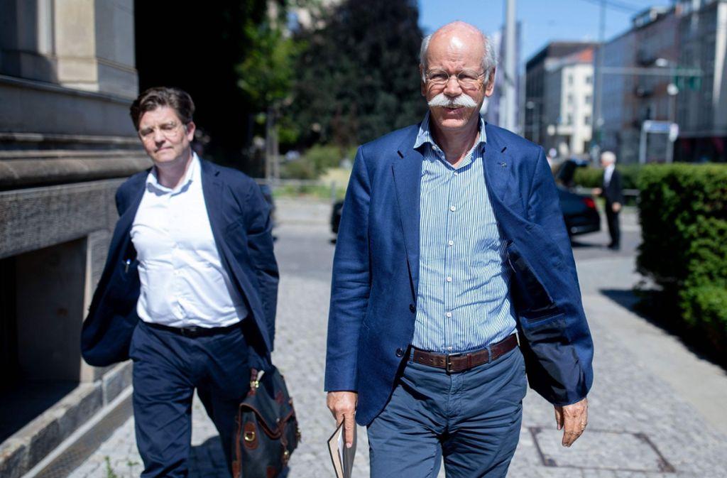 Wurde ins Verkehrsministerium zitiert: Daimler-Chef Dieter Zetsche Foto: dpa