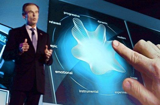 Bosch-Chef Volkmar Denner hat in Las Vegas unter anderem einen berührungsempfindlichen Bildschirm präsentiert, der dem Nutzer Rückmeldung gibt. Foto: Getty
