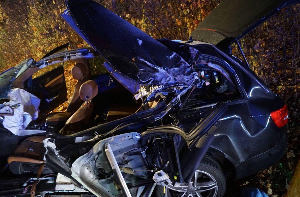 Der Fahrer überlebte den schlimmen Unfall nicht. Foto: 7aktuell.de/F. Hessenauer