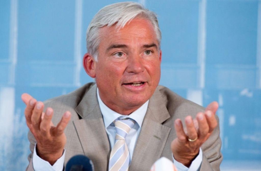 CDU-Vize Thomas Strobl hält nicht mehr viel von einem NPD-Verbot. Foto: dpa