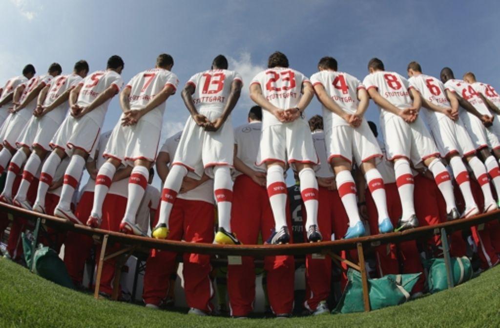 Der VfB baut fleißig an seinem Kader für die kommende Saison. In unserer Bildergalerie zeigen wir den Kader der Saison 2012/2013. Foto: Pressefoto Baumann
