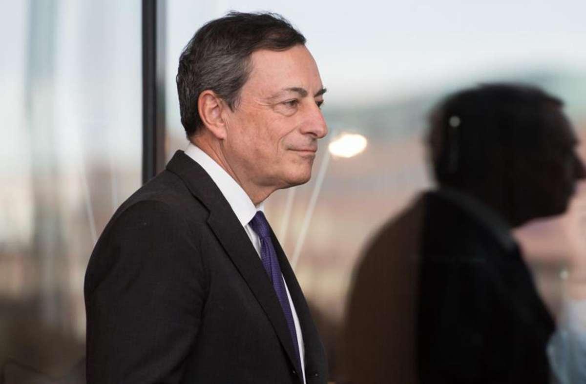 Der Italiener Mario Draghi hat als Präsident der europäischen Zentralbank das umstrittene Staatsanleihekaufprogramm aufgelegt. Foto: dpa/Bernd von Jutrczenka