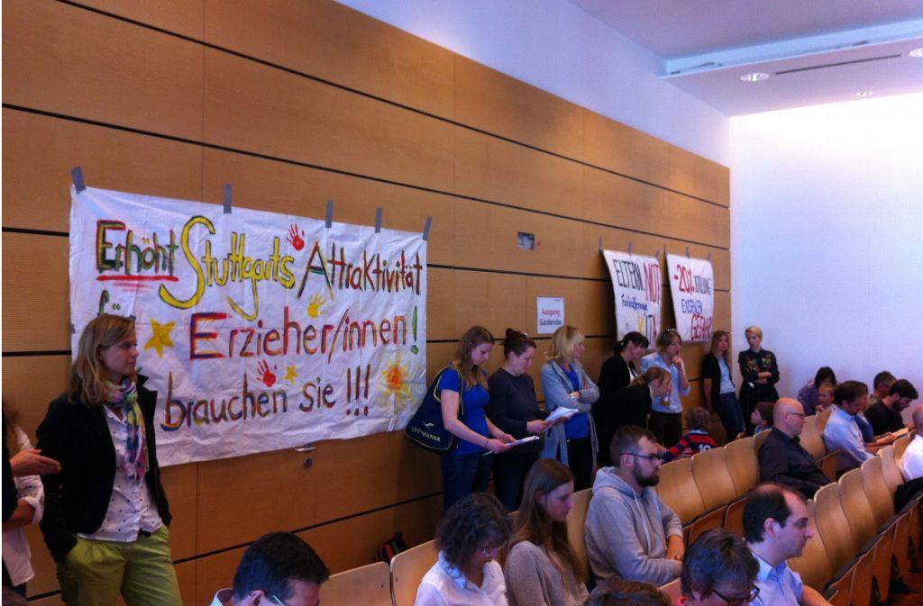 In einer Sitzung des Jugendhilfe-Ausschusses haben Eltern und Kinder aus der Einrichtung Linzer/Böhmerwaldstraße ihren Unmut kund getan. Foto: Torsten Ströbele