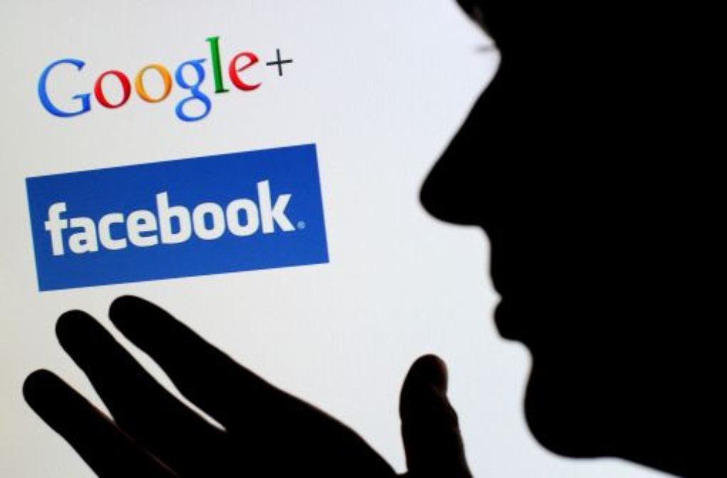Facebook und Google sind die Riesen im Internt und leben von der Interaktion ihrer Mitglieder. Dank der 2-Klick-Lösung erfahen sie aber nicht mehr sofort alles. Foto: dpa