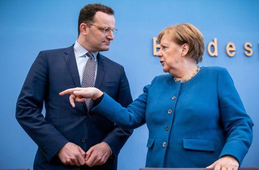 Großteil der Deutschen zufrieden mit Merkel und der Regierung