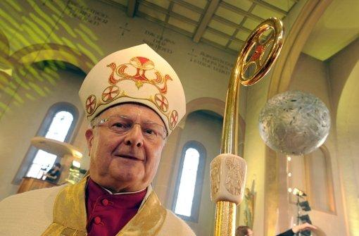 Freiburg  pfeift Priester zurück