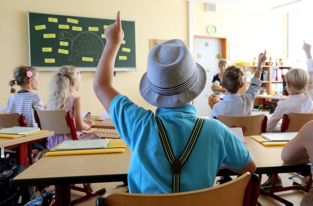 Die AfD stellt Lehrer und Schulen unter Beobachtung. Foto: dpa